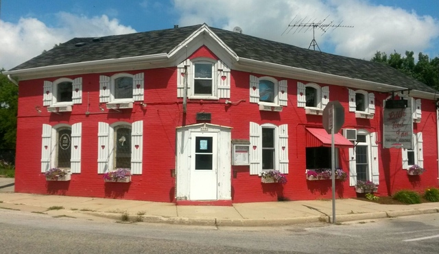Little Red Inn -